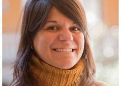 Karina Olmedo, Anatomía