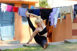 practicar Ashtanga Yoga en Barcelona - Yoga Inbound Barcelona